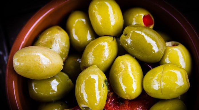 Come conservare le olive a secco